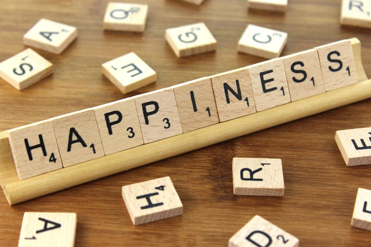 IN THE NEWS: DECLINING RATES OF FEMALE HAPPINESS…